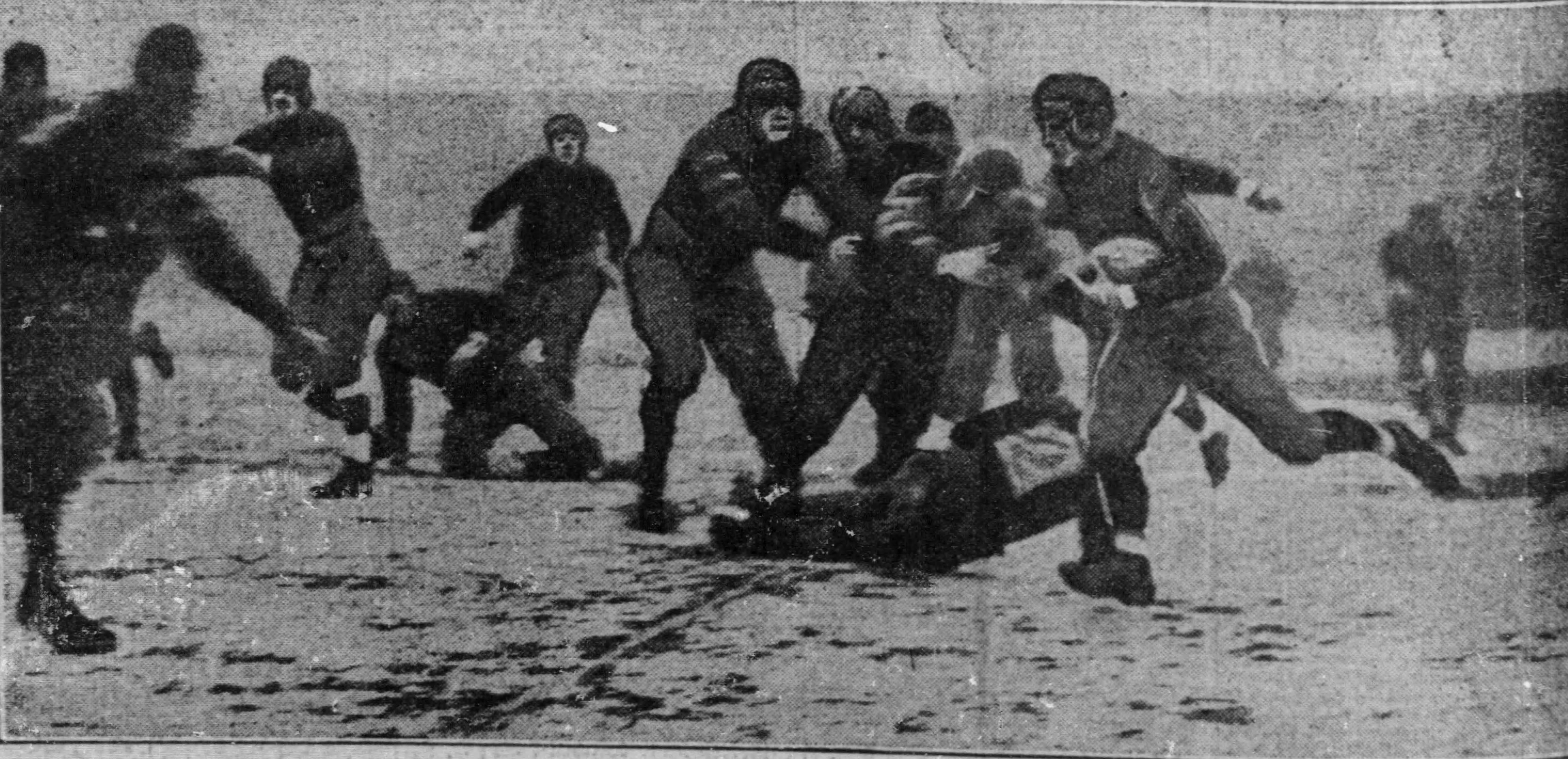 Chicago_Tribune_Mon__Dec_7__1925_Football 1
