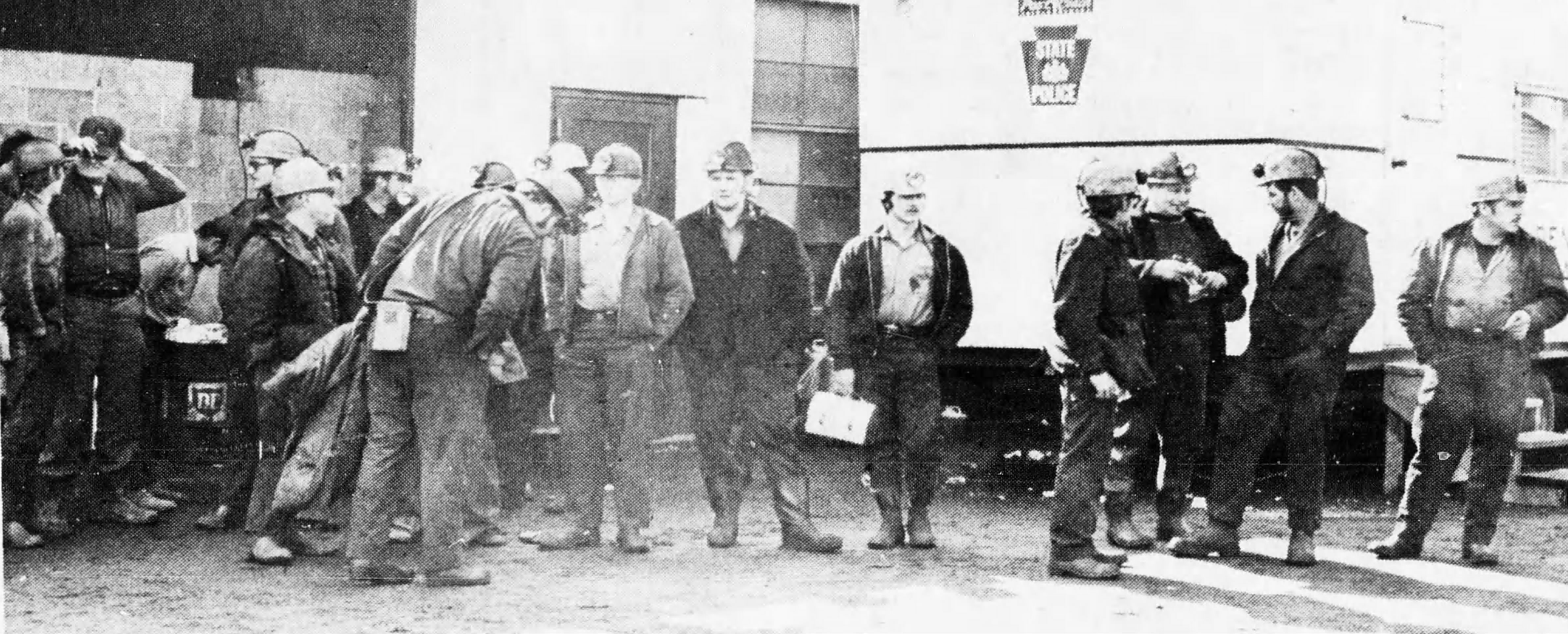 Mine Rescuers Porter Tunnel