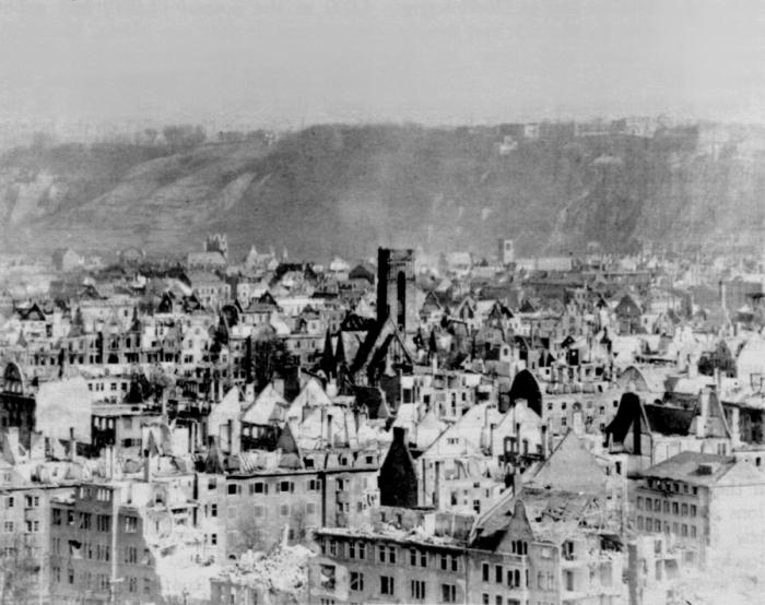 Koblenz_March_1945